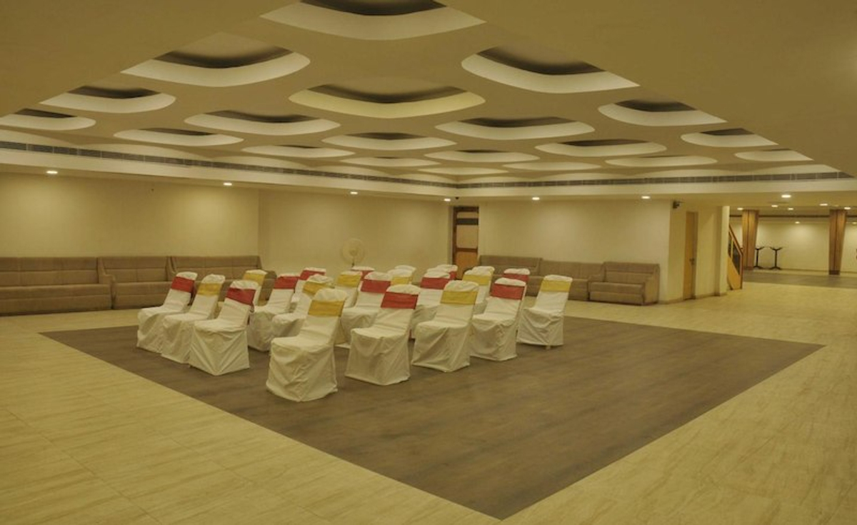 Hotel Eden in Sarkhej, Ahmedabad