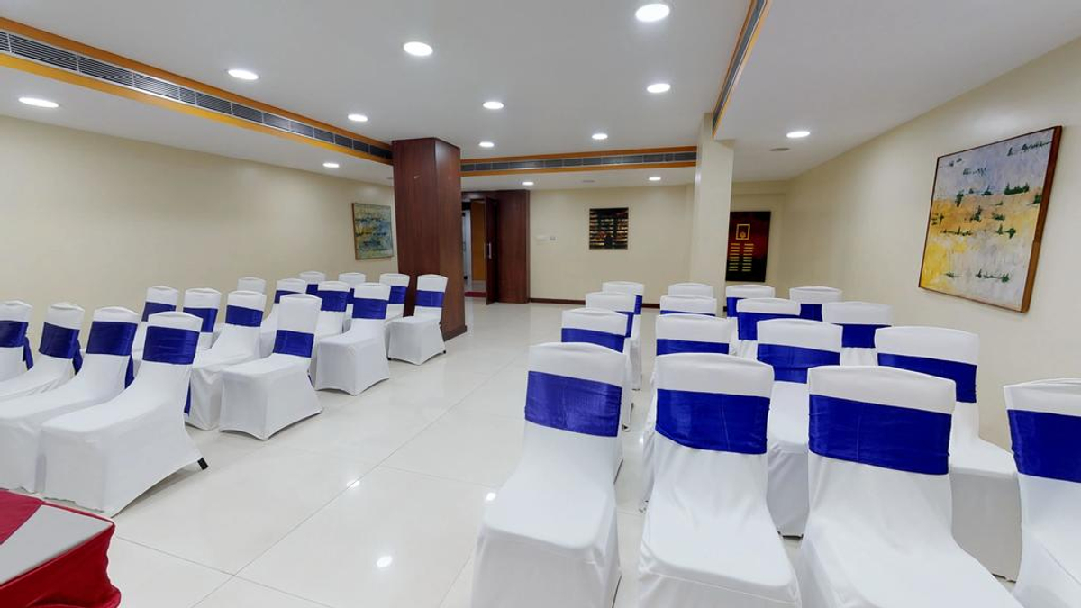 37th Crescent Hotel in Race Course Road, Bangalore