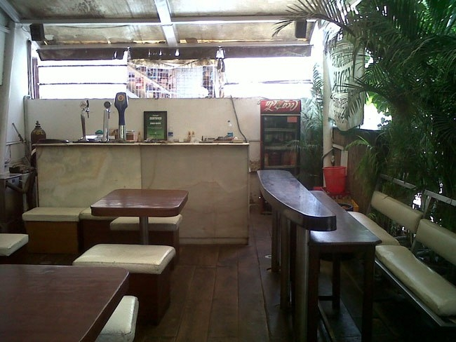 Coco Grove Beer Cafe in MG Road, Bangalore