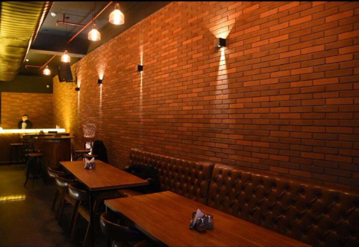 Las Vegas Lounge in Karkardooma, Delhi
