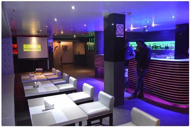 Bar In Salotto.Salotto 44 Cafe And Bar