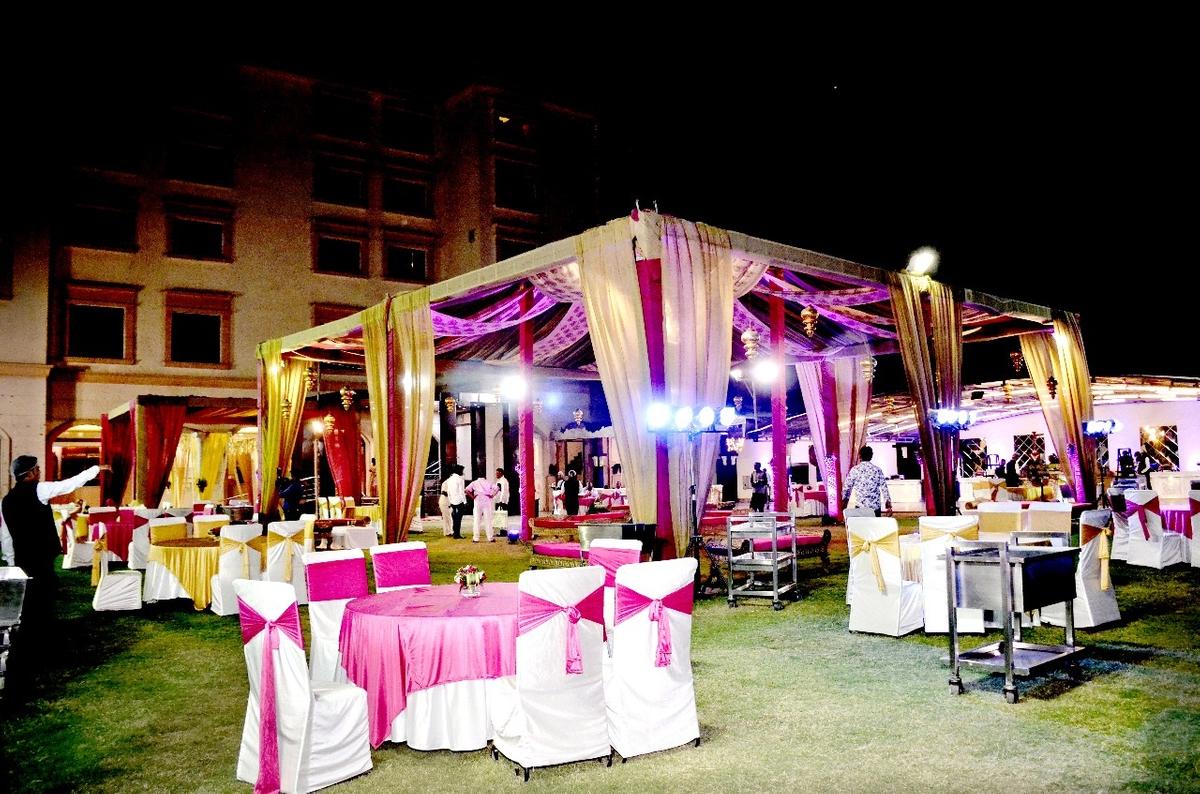Hotel Kohinoor Palace in Sahibabad, Ghaziabad