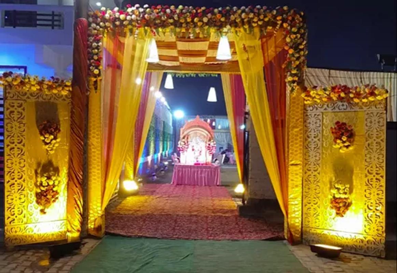 Shakti Deep in Shak Sake Kan, Kanpur
