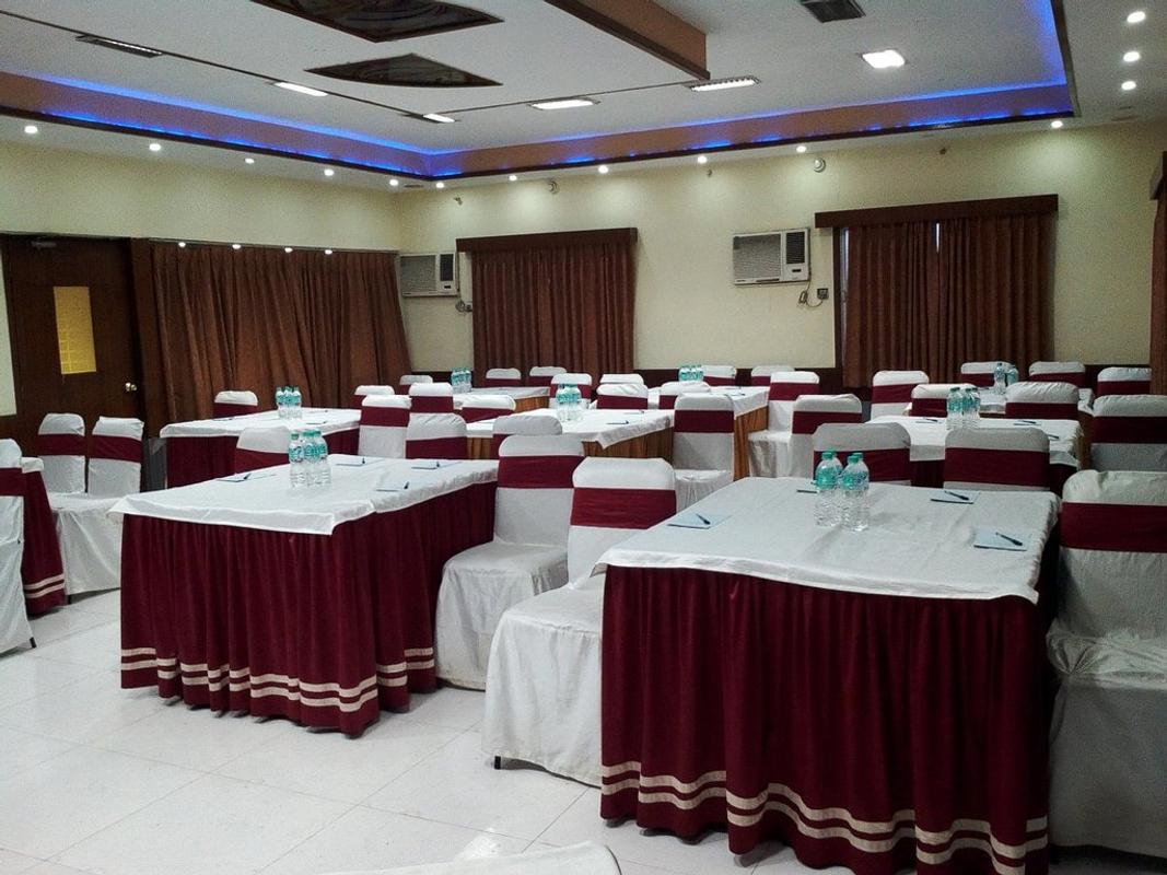 Hotel Executive Tower in Entally, Kolkata