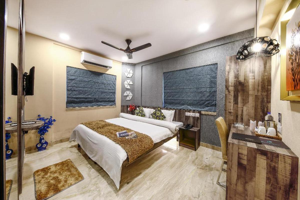 Hotel Narayani Enclave in Kasba, Kolkata