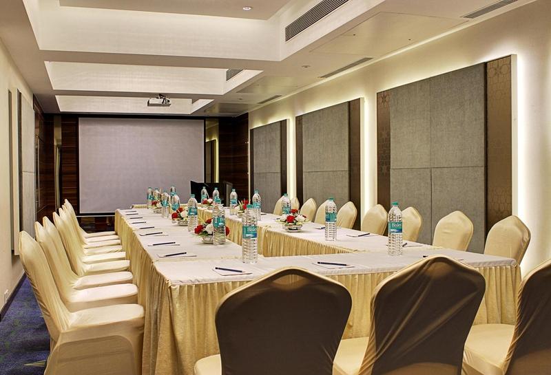 Best Western Hotel Sahil in Ambience Mall, Mumbai