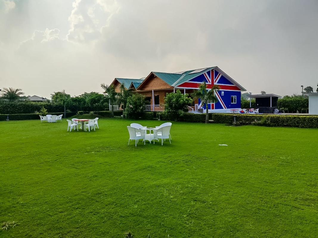 London in Sector 135, Noida