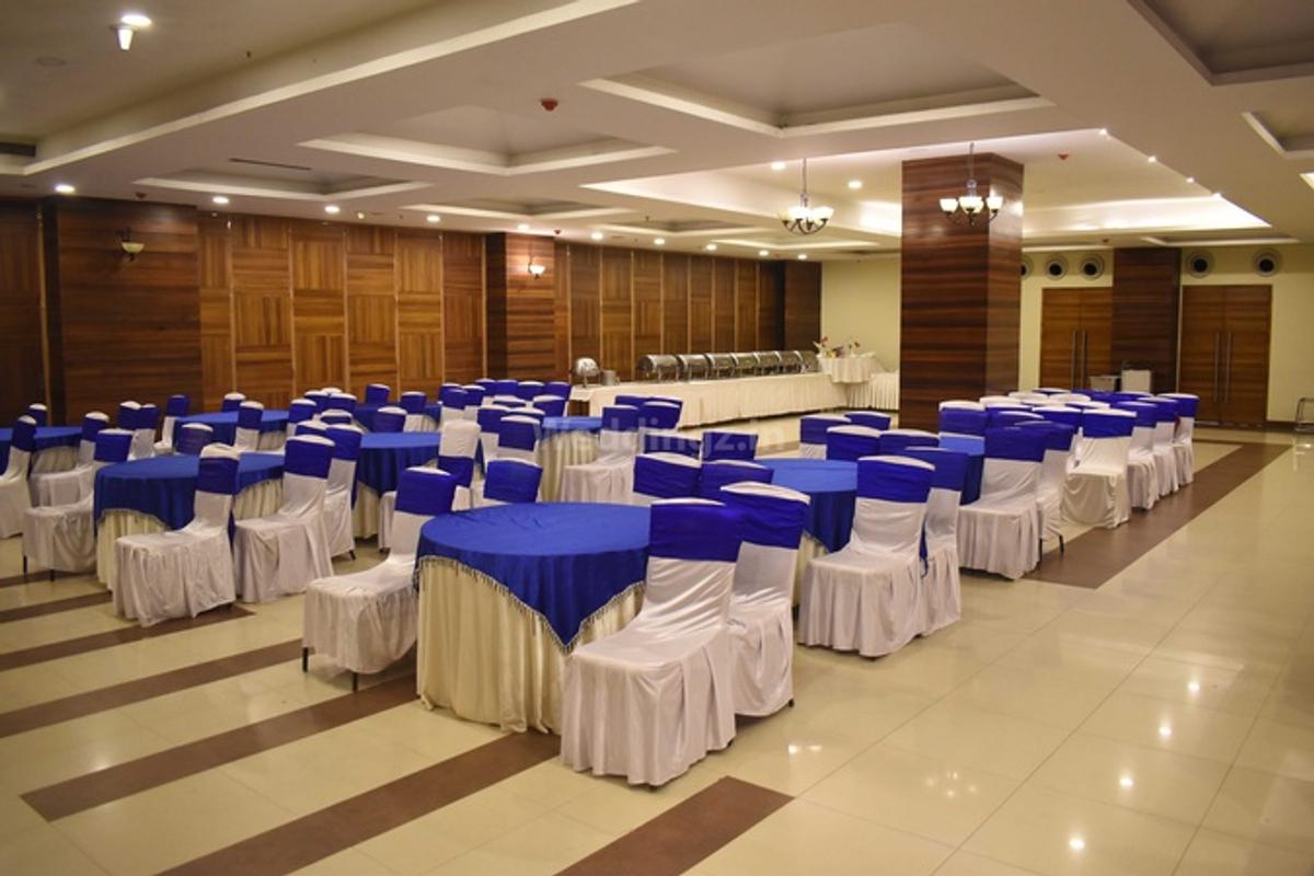 Vijaya Tej Clarks Inn in Patliputra, Patna