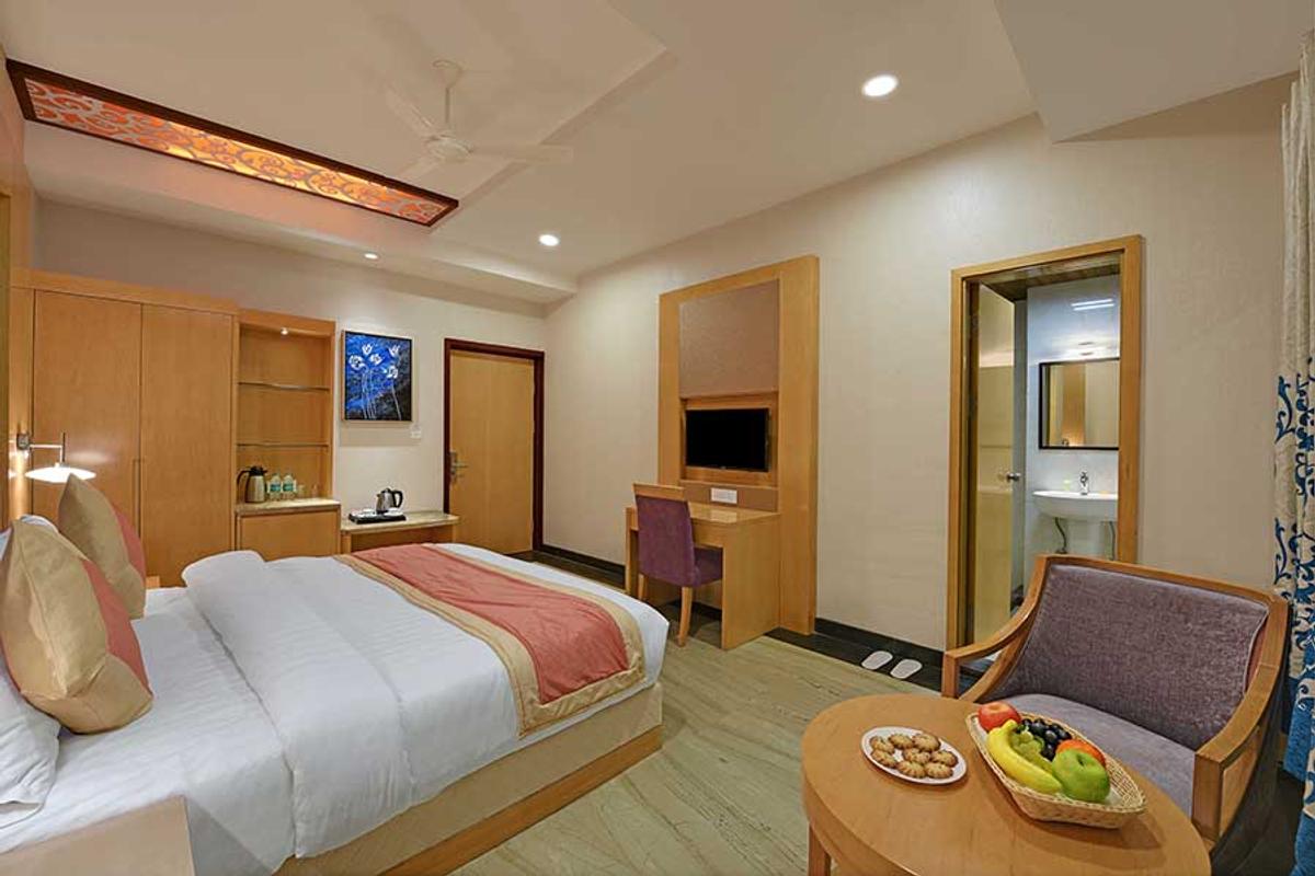 Hotel Yois in Roop Sagar, Udaipur