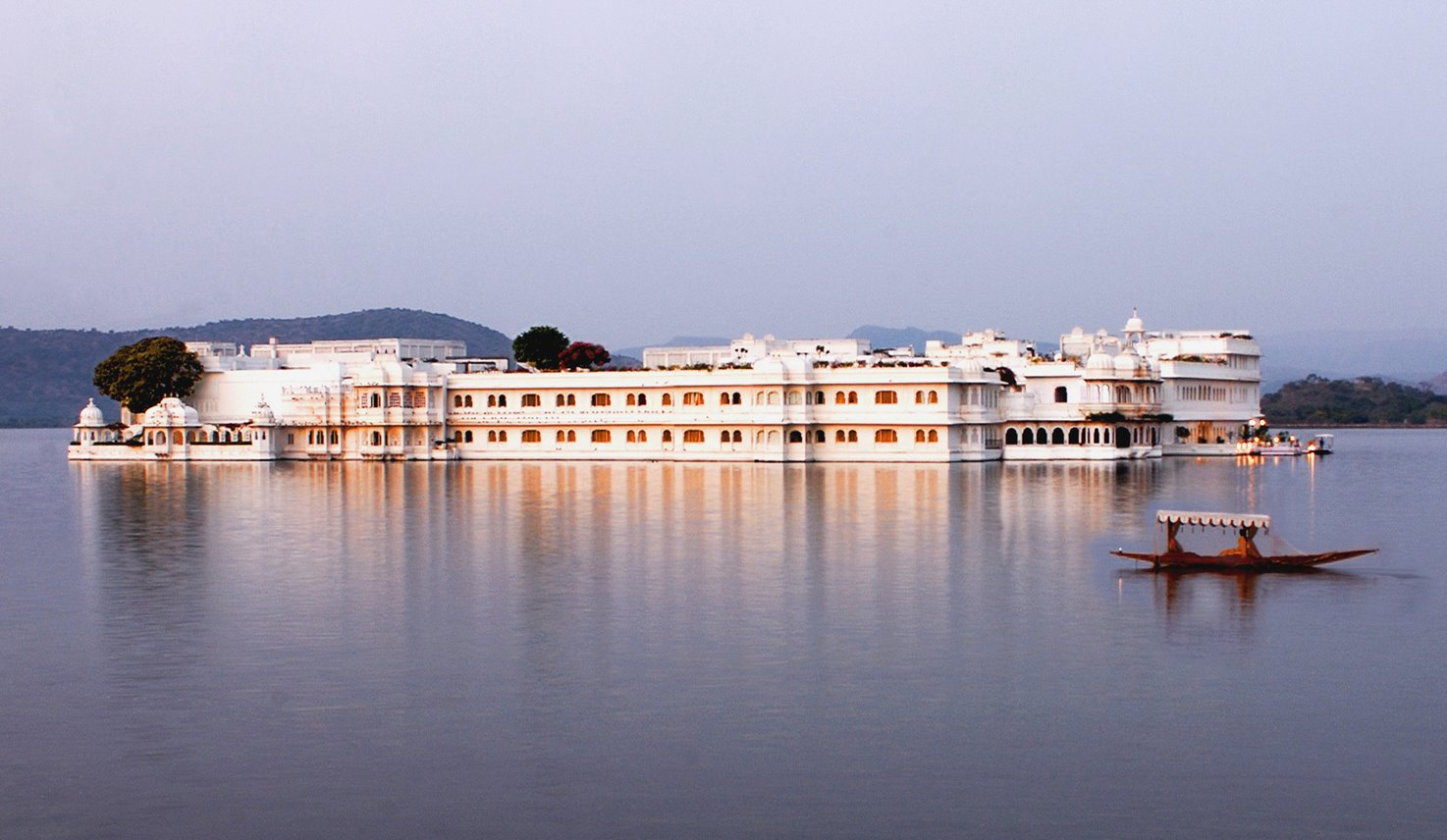 Why is Udaipur The Most Preferred Destination for Destination Wedding?