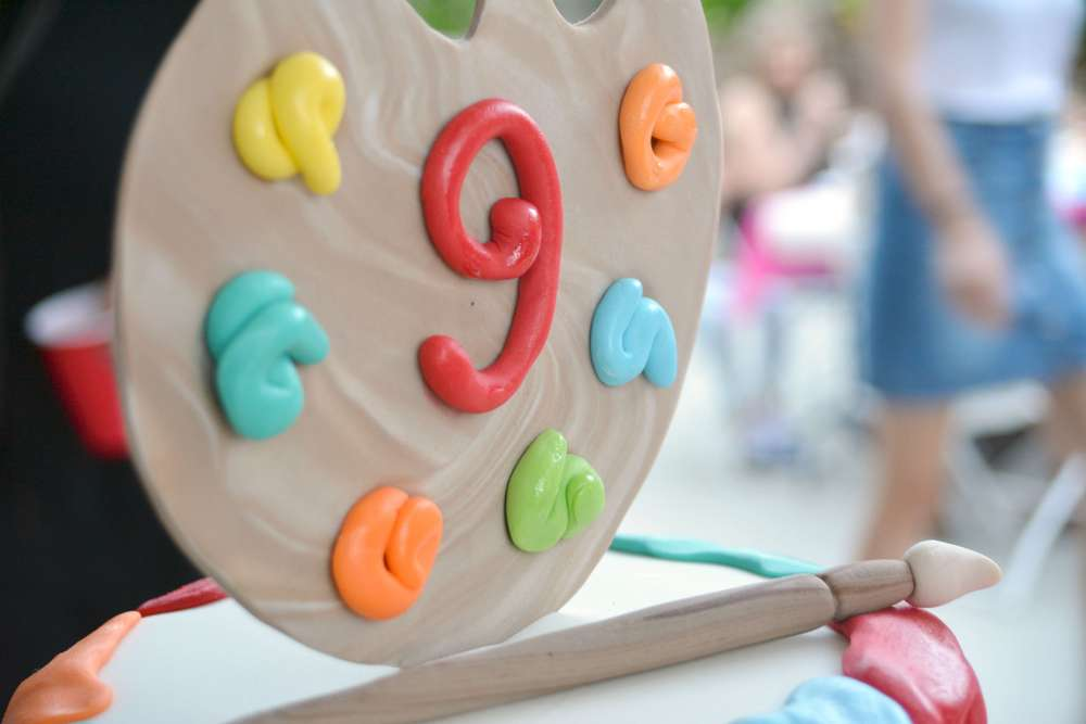 A Beautifully Detailed Art Theme Birthday Party We're Sure Your Kid Would Love!