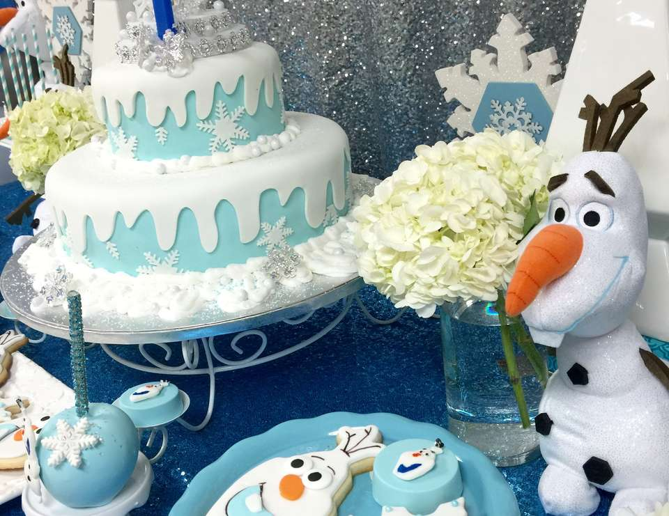 Planning Your Daughter's First Birthday Party? Here's 5 Themes That Can Never Go Wrong!