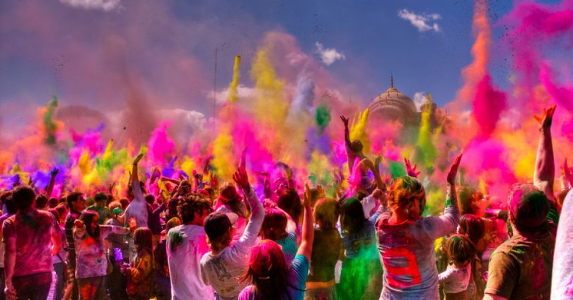 Planning A Holi Party? Here's Your Ultimate Guide To Throwing One!