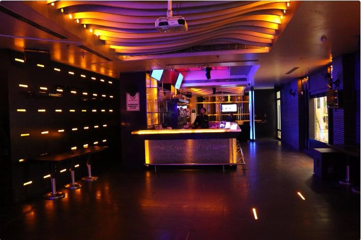 Finding a Perfect Corporate Party Venue? Check Out The Best Party Venues In Saket!