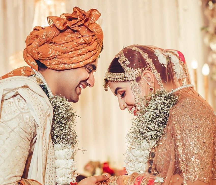 A Beautiful Hindu Wedding, where the Bride showed-off her Bridal Lehenga