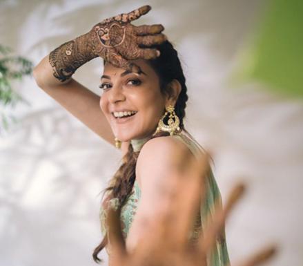 South Indian Actress Kajal Aggarwal and Gautam Kitchlu's Mehandi Ceremony Photos