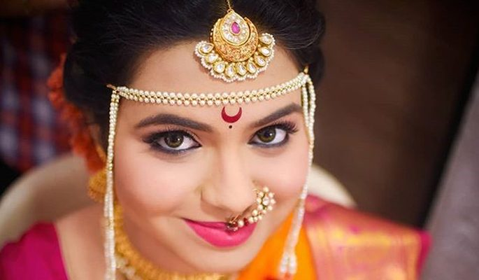 Top 8 Unique Bindi Styles For Every Indian  Bride