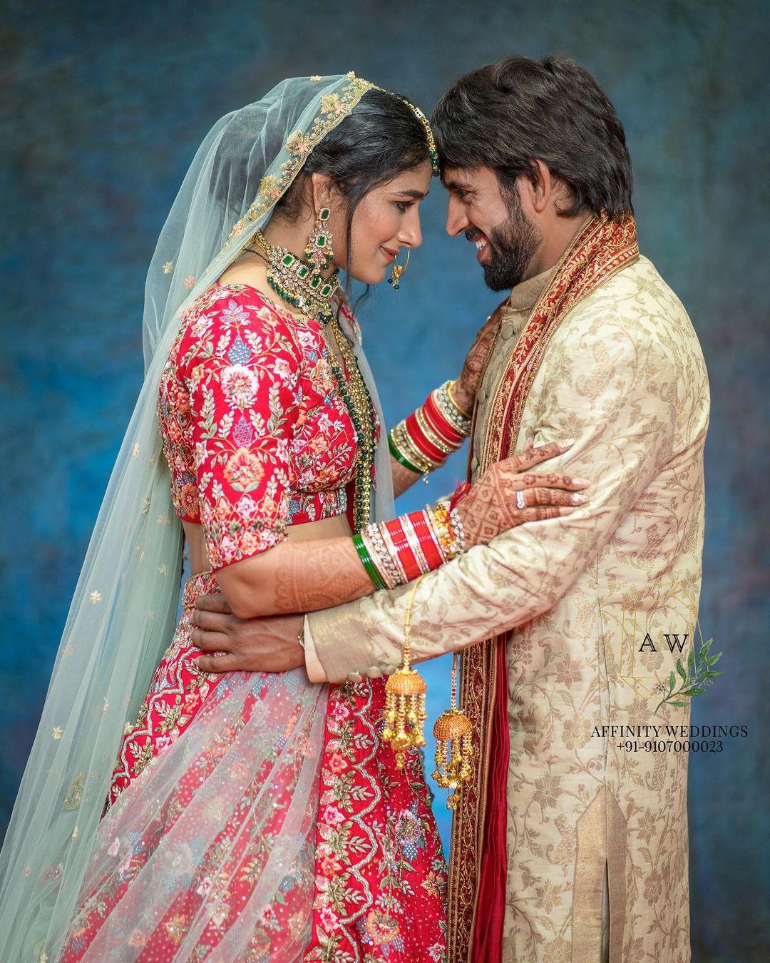 Indian Wrestlers Sangeeta Phogat and Bajrang Punia's Hindu Wedding