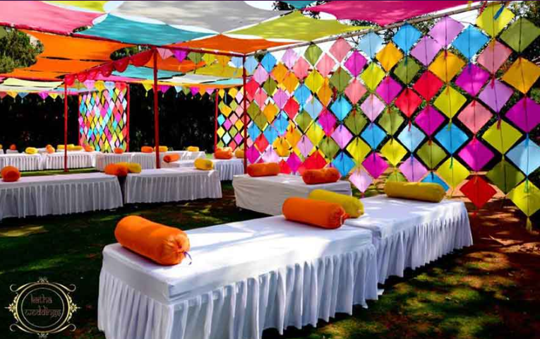 10+ New and Unique Wedding Decoration Ideas For Indoor Pre-Wedding Function
